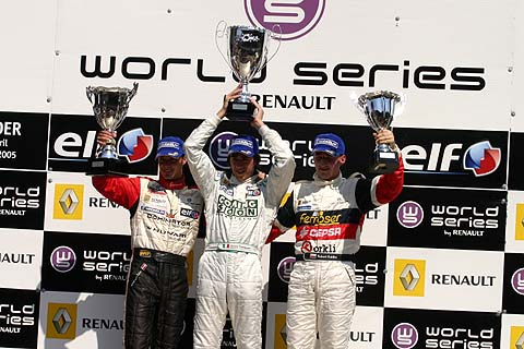 Podium FR 3.5 race1