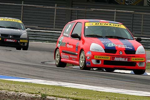 Clio_race1_Verschuur