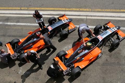 van_amersfoort_racing1