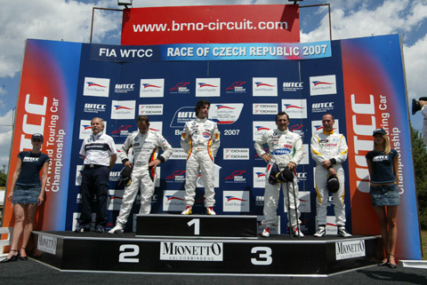 podium_race1