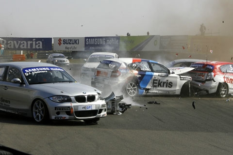 crash_bmw_2_foto_tim_bohme