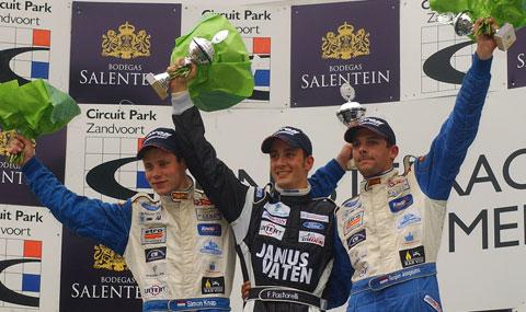 3689_podium_2