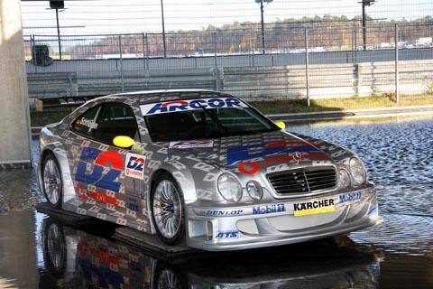 bernd_schneider_2000_car