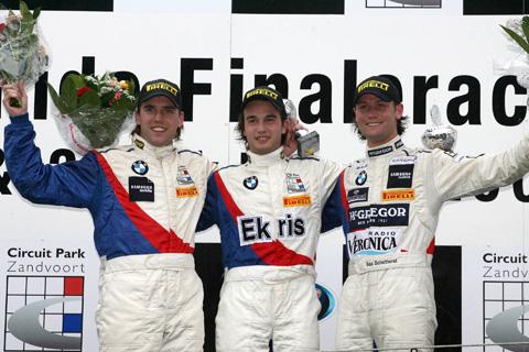 480_podium2_218