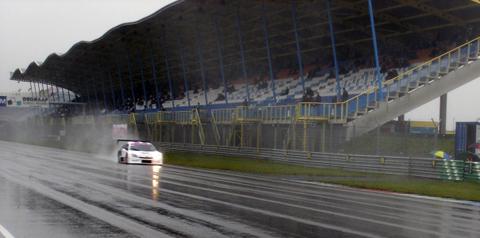 assen_het_regende_hard_700x525