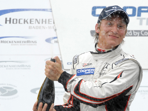 renger_champagne_podium