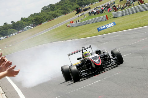 renger_wint_snetterton_race1