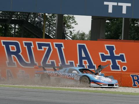 dsc_crash_van_elk_assen_rizla_2