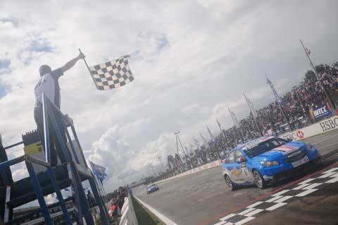 100307_wtcc_curitiba_finish_race1