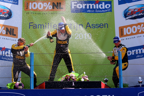 480_podium_champ_hans_2_1647