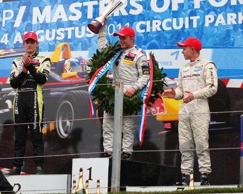 480_podium_6073