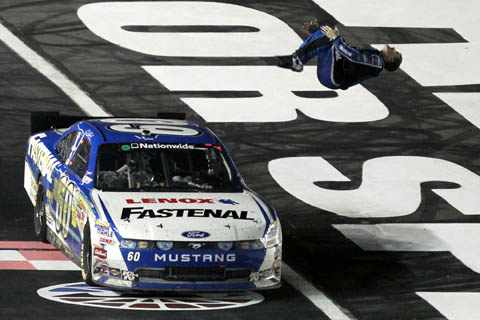 2011carl-edwards-new-flip_charlotte