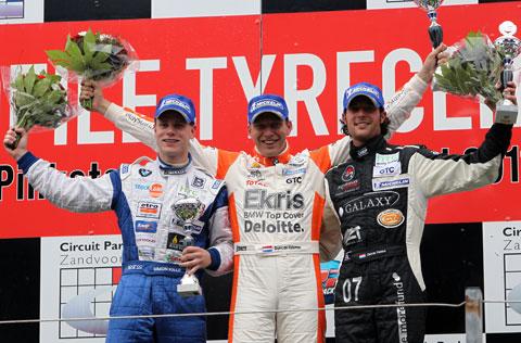 480_podium1_4178