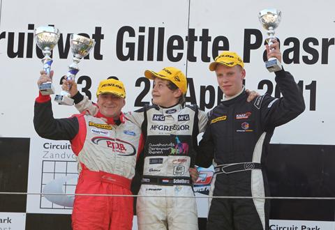 480_ford_podium1_podiumr1