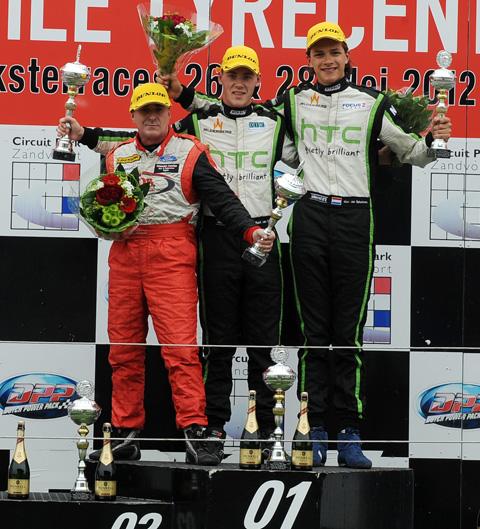 480_podium_3_6146