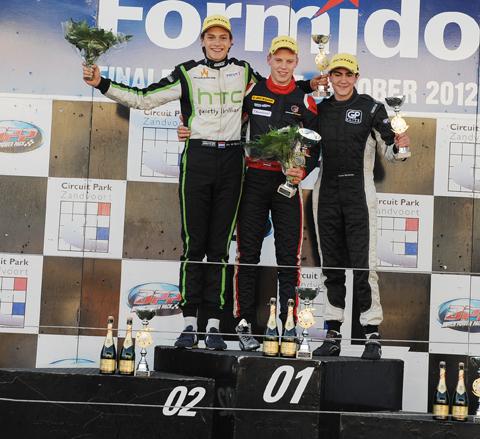 480_podium2_7117