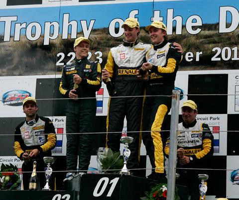 480_podium2_2420