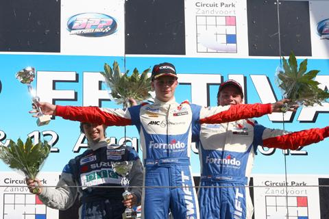 480_podium_4382