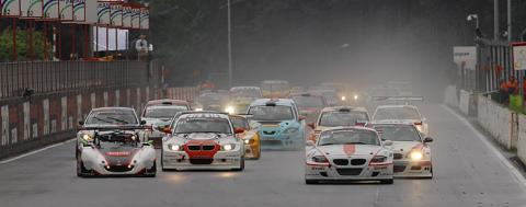 120708_bovenbalk_race1