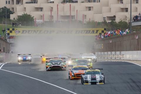 Start Dunlop 24HDUBAI2013 800pix