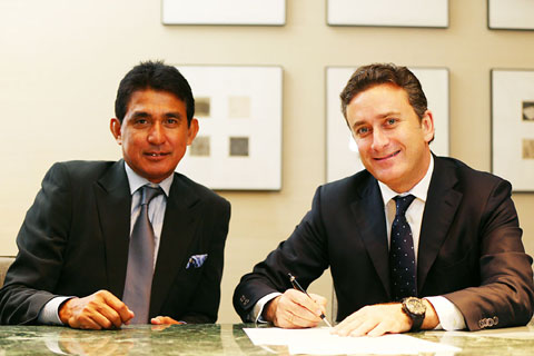 1. Aguri Suzuki left with Alejandro Agag