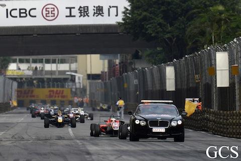 131117 F3 Macau Safetycar