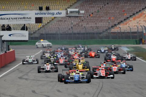 480_race-1-autosport