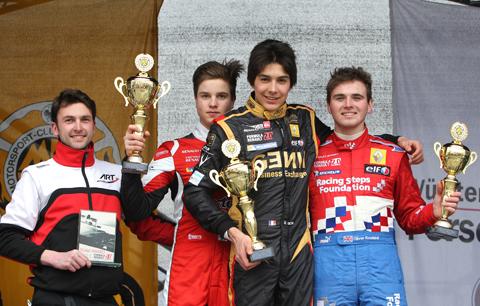 480_race-1-podium