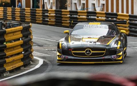 131116 GT Macau Engel quali