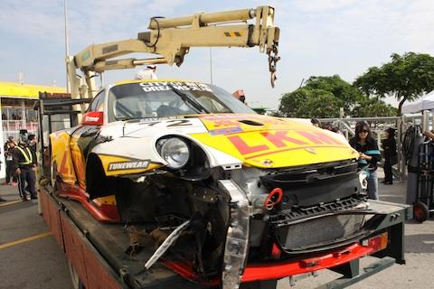 131117 GT Macau Porsche schade