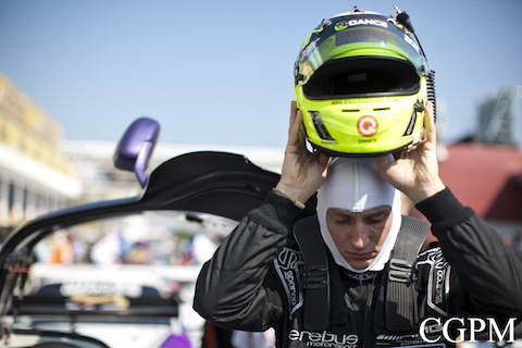 131117 Macau GT Zande helm