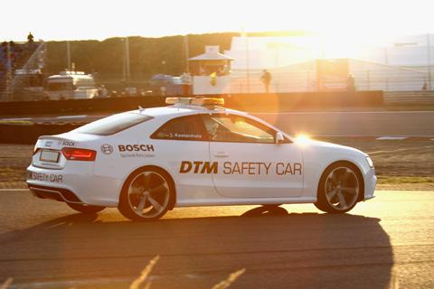 2013 Safetycar zonsondergang