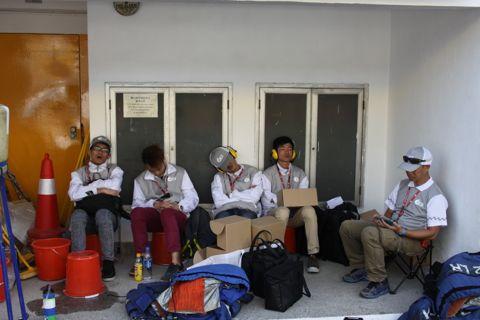 131119 Groeten Macau marshals