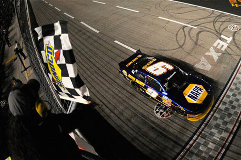 2014 Chase Elliott finish