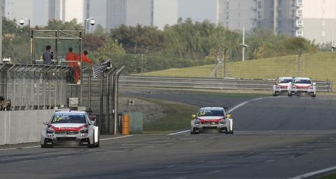 141012 WTCC Sjanghai R1 Finish