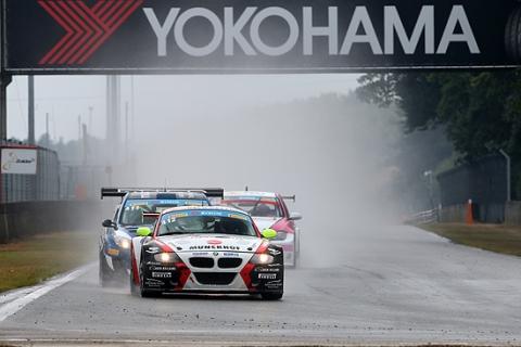 2014629-race2 sport 1