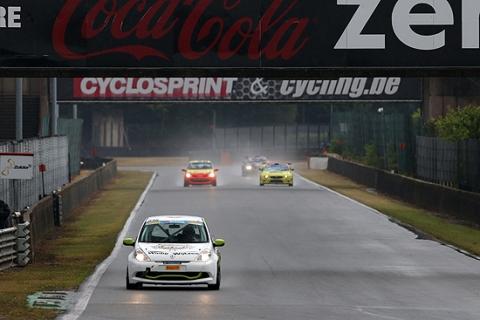 2014629-race2 sport 4