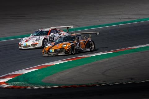 Porsche battle 800pix