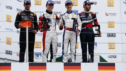 podium-race1-FR2.0
