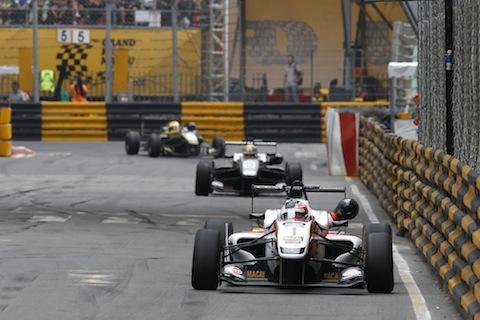 2015-Macau-F3-AT2-2452