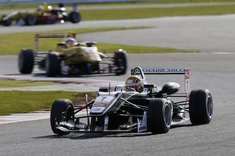 150412 FIA F3 Silverstone Leclerc actie
