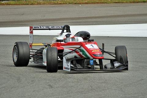 2015 Felix Rosenqvist Winnaar R2
