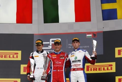 podium race2
