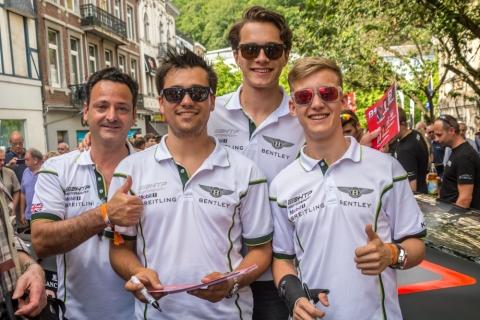 GT3.nl Voor de start van de 24-uurs race Spa-Francorchamps v.l.n.r. Louis Machiels Clemens Schmid Max van Splunteren en Fabian Hamprecht