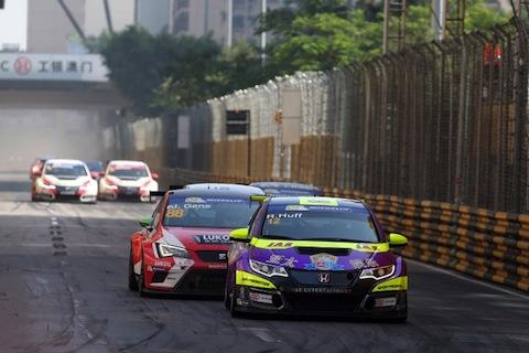 2015-2015 Macau Guia Race 1---12 Rob Huff 160