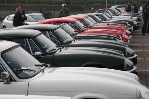 Een Triumph GT6 is bestwel bijzonder 10 bij elkaar is speciaal