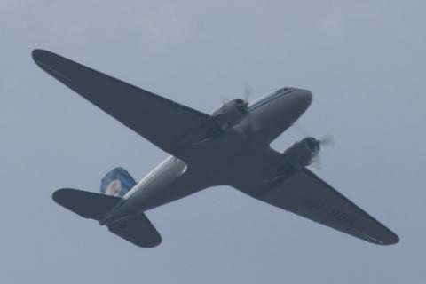 OOk een klassieker in de lucht DC3