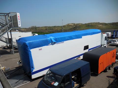 dak-vrachtwagen