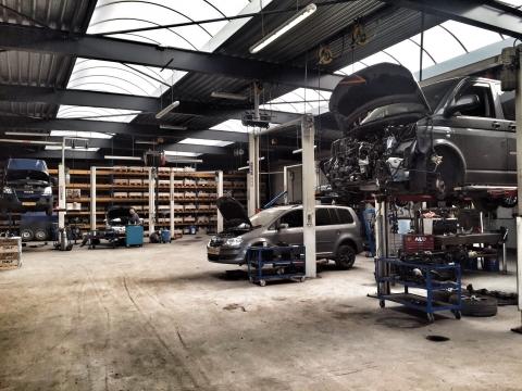 Automotive Ronald Morien werkplaats