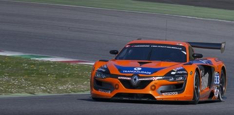 1st after 3 hours V8 Racing 333 800pix